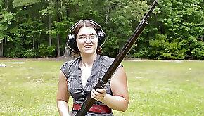 palms of WWI Primer Rifle Modle