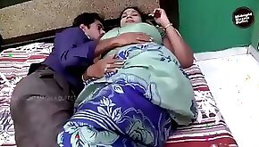 Aunty sex with delivery boy