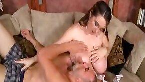 Hot pregnant babe milking boobs