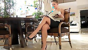 Hot Ass Blonde In High Heels Has A Erotic Food Fetish