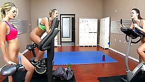 Dildo ride workout before lesbian threesome with Kenna James friends