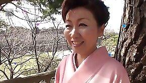 yr old Yayoi Iida Swallows Loads Uncensored