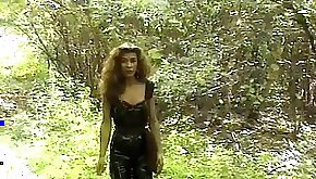 Whore Traudl Caff in PVC as a seed receiving station
